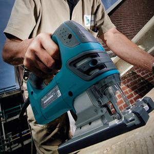 Caladora 720 W con vel. variable y pendular